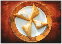 Κουλουράκια Πορτοκαλιού Γκόλφως | una cucina Cookies, Ethnic Recipes, Food Heaven, Easter, Crack Crackers, Biscuits, Cookie Recipes, Cookie, Biscuit