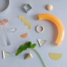 (via Ladies & Gentlemen Studio's Form Studies – Sight Unseen) Object Photography, Still Life Photography, Design Lab, Set Design, Modern Design, Prop Styling, Textures Patterns, Sculpture Art, Sculptures
