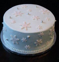 Snoflake Cake buttercream with fondant accents Frozen Birthday Cake, Frozen Party, Winter Wonderland Cake, Snowflake Cake, Wedding Desserts, 16th Birthday, Quinceanera, Starfish, Sweet 16