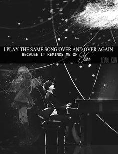 """""""Riascolto la stessa canzone ancora e ancora perché mi ricorda di te"""""""
