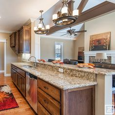 2014 Clarksville Parade of Homes – Pranger Construction #paradecraze #paradeofhomes #PrangerConstruction #kitchen #bar #lighting #cabinets #woodcabinets #woodfloor #stainless #countertops #openlayout #opendesign #design #interiordesign #designer #interiordesigner #interiors #decor #homedecor #homedesign #home #house #clarksville #cmchba #clarksvilleparadeofhomes