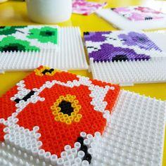 Hama Beads Coasters, Perler Coasters, Diy Perler Beads, Hama Beads Design, Hama Beads Patterns, Beading Patterns, Bead Crafts, Diy And Crafts, Hama Art