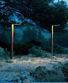 Home Exterior Decorating with Outdoor lighting Pathway Lighting, Backyard Lighting, Path Lights, Lighting Ideas, Modern Landscaping, Outdoor Landscaping, Landscaping Jobs, Modern Landscape Lighting, External Lighting