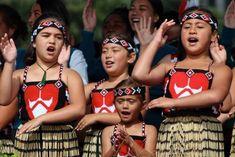 New Zealand's Waitangi Day is a very different national celebration to Australia Day - ABC News Treaty Of Waitangi, Waitangi Day, Maori Words, Society Islands, Make A Presentation, Languages Online, Ministry Of Education, National Symbols, History Timeline