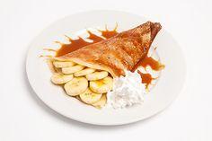 Tortitas con Plátano, Nata y Caramelo Te enseñamos a cocinar recetas fáciles cómo la receta de Tortitas con Plátano, Nata y Caramelo y muchas otras recetas de cocina..