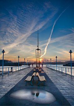 #Asturias #Gijón #Xixón.   www.elfarodeasturias.com