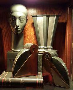 Great Cowan Art Deco Pottery Sculpture, Pottery Art, Machine Age, American Art, Mystic, Art Deco, Feminine, Classic, Decor