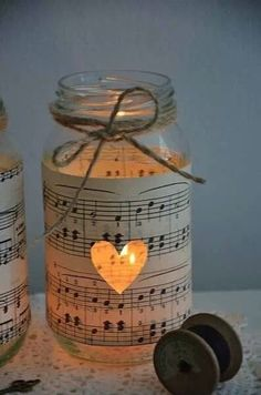 Get In The Christmas Spirit With These Magical 30 DIY Candle Holders Projects music sheet and jar Diy Candle Holders, Diy Candles, Candle Jars, Bulk Candles, Mason Jar Lanterns, Romantic Candles, Vintage Candle Holders, Book Holders, Mason Jar Candles