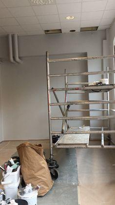 Min fotostudio blir renoverad innan jag flyttar in. Öppnar dörrarna 1 november 2016 i Småföretagshuset på Glasgatan 21 i Köping, Sverige Ladder Bookcase, Ladder Decor, November, Shelves, Photography, Home Decor, Photo Studio, November Born, Shelving