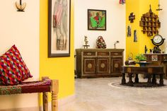 Let us start the first post of the year with an amazing home tour.Today, we shall cover the lovely home of Prameela Nair based out of AbuDh...