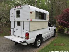 Pickup Camping, Used Camping Trailers, Camping Trailer For Sale, Truck Bed Camping, Campers For Sale, Camping Mattress, Slide In Truck Campers, Old Campers, Vintage Campers Trailers