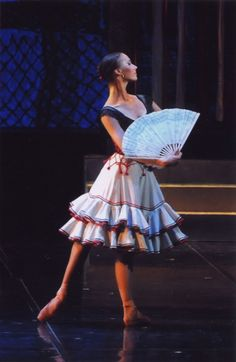 Maria Kramarenko in Don Quixote. Ballet Costumes, Dance Costumes, Spanish Costume, Ballet Beautiful, Gorgeous Gorgeous, Ballet Performances, Russian Ballet, Renaissance Dresses, Fashion Design Sketches