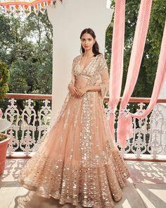 Shimmery bridal lehenga perfect for engagement ceremony. Big Fat Indian Wedding, Indian Wedding Outfits, Bridal Outfits, Indian Outfits, Bridal Dresses, Indian Clothes, Dresses For Wedding, Ethnic Outfits, Indian Weddings