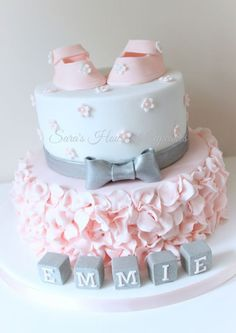 Love the colors on this baby shower cake!