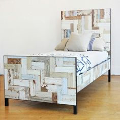 reclaimed-wood-bed