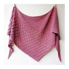 Childhood Memories pattern by Lisa Hannes - Needlework ~ Knitting > Scarfs, Cowls, Ponchos, Shawls, ect - Knitting Ideas Knit Or Crochet, Lace Knitting, Crochet Shawl, Knitting Stitches, Knitting Patterns Free, Knit Patterns, Crochet Bikini, Knitted Poncho, Knitted Shawls