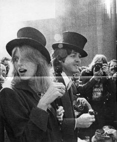 Linda Eastman-McCartney and Paul McCartney in New Orleans, LA. Ringo Starr, George Harrison, John Lennon, Liverpool, Linda Eastman, Paul Mccartney And Wings, Sir Paul, The Fab Four, We Are The World