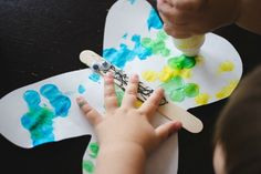 www.howweelearn.com wp-content uploads 2016 04 Spring-crafts-for-toddlers-dot-art-butterflies.jpg
