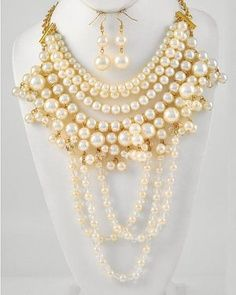 Off White Cream Beige Pearl Class Crystal Layered Necklace Set