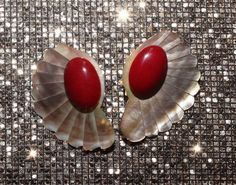 VINTAGE SHELL RED OVAL CLUSTER POST BACK ART DECO STATEMENT SHELL EARRINGS GLAM  #Cluster