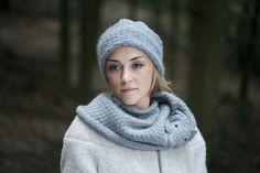 Strickschals - Fuchsschal mittelgrau - ein Designerstück von Nina-Fuehrer bei DaWanda