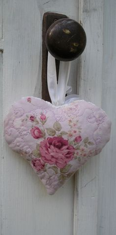 Quilted Heart Lavender Sachet Pink with roses
