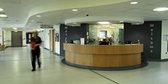DKA worked with NHS Somerset and ProCure 21 partner Laing O'Rourke to deliver Minehead Hospital. Somerset College, Better Healthcare, Rendering Art, Reception Desk Design, Art Deco Stil, Courtyard House, Bedroom With Ensuite, Commercial Interiors, Large Windows
