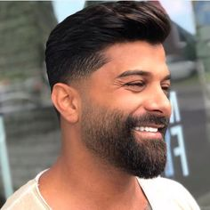 Beard styles 433049320421388791 - Image may contain: 1 person beard closeup and outdoor Source by Faded Beard Styles, Beard Styles For Men, Hair And Beard Styles, Short Beard Styles, Haircuts Straight Hair, Cool Haircuts, Haircuts For Men, Beard Fade, Beard Look