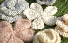 These beautiful #knit flowers can make any pattern into a garment that's ready for spring.