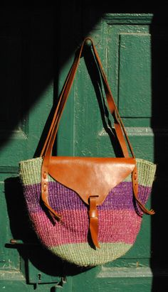 Leather sisal bag woven straw purse sisal by BalthazarVintage