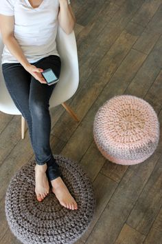 Crocheted Floor Cushions - Free pattern & Tutorial // Delia Creates. I want this but I don't want to crochet.