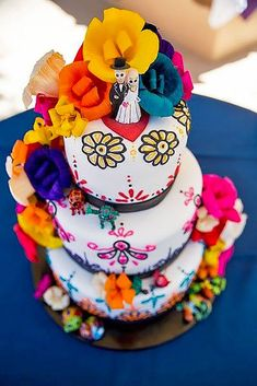 Maneras de tener una boda extremadamente mexicana   Wedding     42 Exciting   Colourful Mexican Wedding Cake Ideas