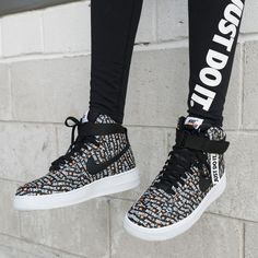 quality design 6075d c98d8 Nike Air Force 1 Hi LX
