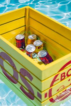 At BOS we believe that healthy should be fun. That's why we make refreshing ice tea with organic rooibos and natural fruit flavours. Sports Drink, Iced Tea, Energy Drinks, Crates, Organic, Canning, Fruit, Ice T, Sweet Tea