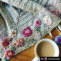 deanna (@smittenknittin) • Instagram photos and videos Dottie Angel, Blanket, Photo And Video, Crochet, Videos, Photos, Instagram, Pictures, Ganchillo