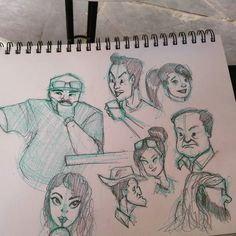 Went out to draw people #drawing #sketch #doodle #lifedrawing #mrturn  #pencil #pencildrawing
