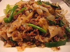 Pad Kee Mao with Ground Chicken   Ground Chicken Recipes