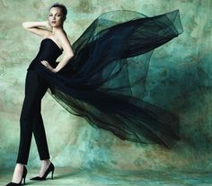 kate-moss-by-mario-testino-for-vogue-spain-december-2012-8