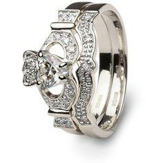 Ladies Claddagh Engagement & Wedding Ring Set loveee so pretty <3