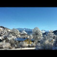 Noch ein schnell ein Bild vom Januar mit dem phantastischen Blick aus dem Büro. Seit nun 13 Monaten sind wir in Sonthofen (Allgäu, Bayern) angesiedelt.