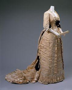 1875-78 ___ Dinner Dress by Mon. Vignon ___ silk & glass ___ French (Paris) ___ at The Metropolitan Museum of Art ___ photo 4