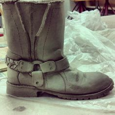 Clay boot before bisquw firing Ceramic Shoes, Mold Making, Pottery Ideas, Ceramic Pottery, Sculpting, Combat Boots, Clay, Purses, Inspired