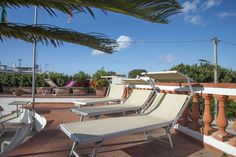 Thermal pool @ Hotel Internazionale Ischia - info@hotelinternazionaleischia.com, Via Acquedotto 33, 80070 Barano d'Ischia NA,  Tel: +39081901315 Outdoor Swimming Pool, Swimming Pools, Thermal Pool, Das Hotel, Outdoor Furniture, Outdoor Decor, Sun Lounger, Island, Water