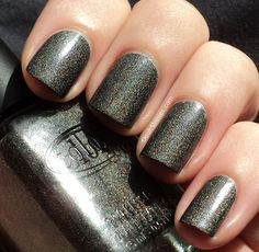 matte and shiny all at once #mirabellabeauty #nails