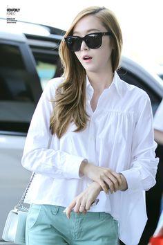 Jessica Jung Fashion Airport