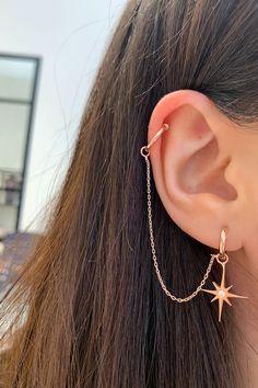 Pretty Ear Piercings, Ear Peircings, Ear Piercings Cartilage, Cartilage Earrings, Ear Cuff Piercing, Different Ear Piercings, Ear Piercings Chart, Multiple Ear Piercings, Helix Earrings
