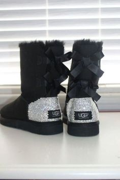 Black uggs sparkle bow