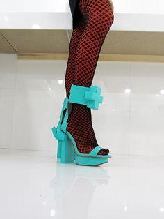 Wearable Shoe Art by WXY - Shoe DESIGN GDS 2015 Trendsetter
