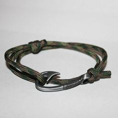 Camo Paracord Hook Bracelet by ChasingFin on Etsy, $13.00