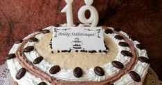 Ma 19 éves a fiam. Kávés tortát kért, hát legyen! :) Hihetetlen, hogy hogy megy az idő!! Öregszik! :))) Hozzávalók: A pisk... Fiam, Birthday Cake, Birthday Cakes, Cake Birthday